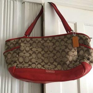 Handbags - COACH PURSE!
